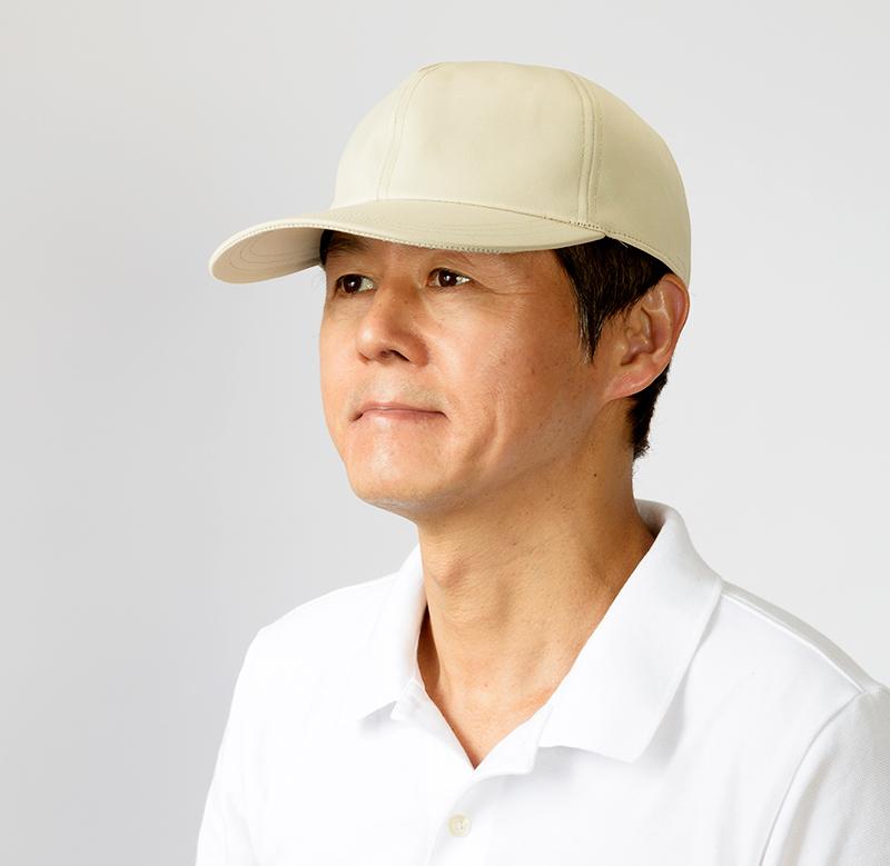 井上帽子 in-hku005レザー調キャップ 日本製 シンプルでかっこいい、大人のレザー調のキャップ シンプルなデザインながら、レザーのような質感が恰好よく決まる、大人のカジュアルキャップ。品のある大人の秋冬ファッションにおすすめです。本革製品と違い、雨の日などでも普段使いできます。