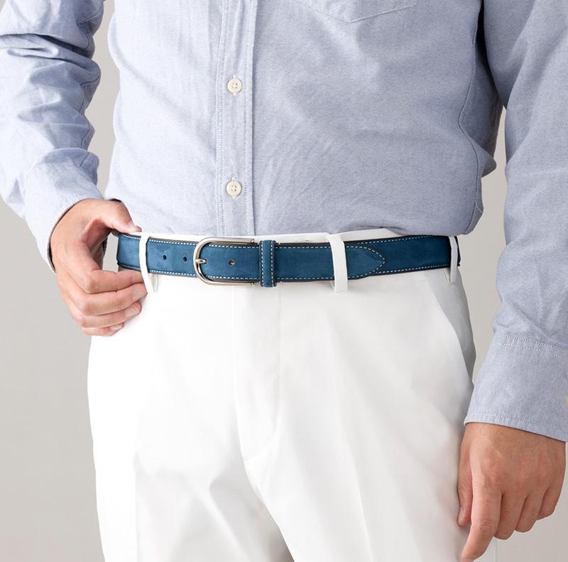 長沢ベルト工業 nb-023 30mm ヌバックフェザーベルト 日本製 スーツはもちろん、ジーンズやチノパンにもよく合います。ビジネスでもカジュアルでも様々な場面で使用できる使い勝手の良い商品です。
