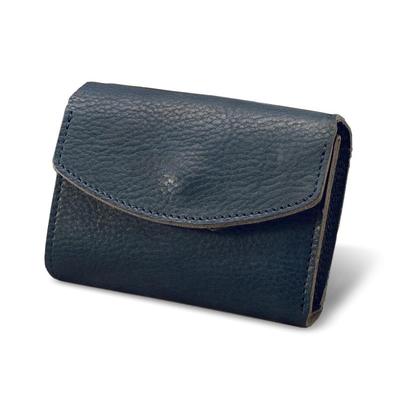 milagro ミラグロ ot-c004 ヤンピー革財布本体はシンプル&ミニマム「小さい財布」を追求したシンプル財布サイズは日本の紙幣サイズに合わせ、極力小さくし、手のひらサイズを実現しました。丸めて留めるようなシンプルな作りで、革は使うごとに手に馴染んでいきます。