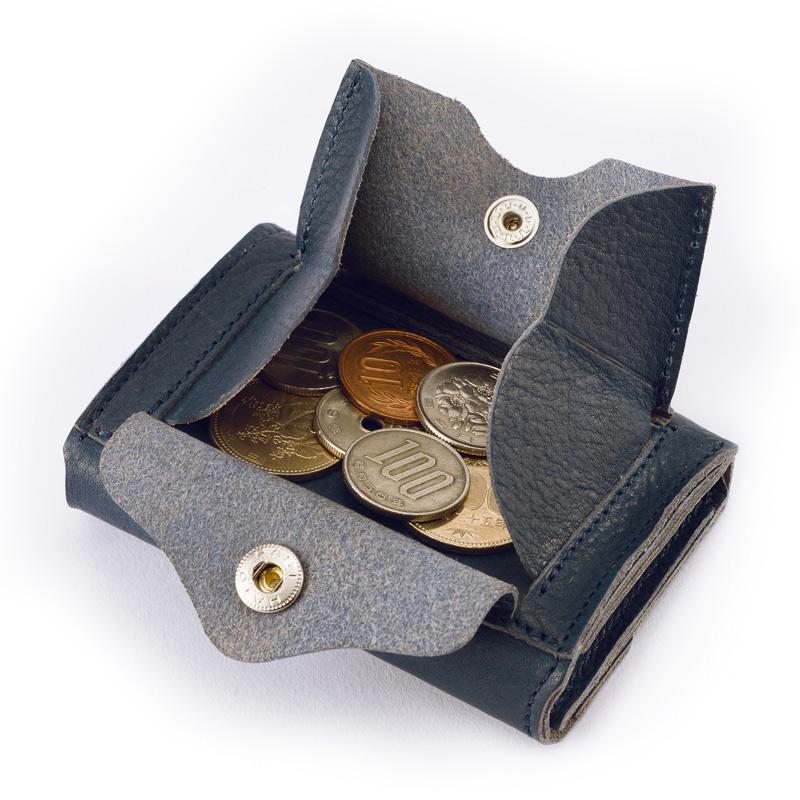 milagro ミラグロ ot-c004 ヤンピー革 財布本体はシンプル&ミニマム 背面には小銭入れが付いています。口が大きく開いて中が見やすいので、取り出しやすくなっています。